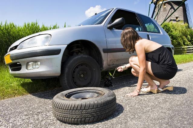 Quand faut il changer les pneus de sa voiture - Comment savoir si un fusible de voiture est grille ...